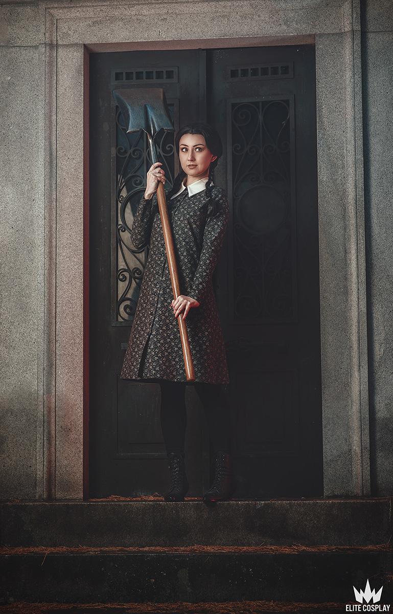 Addams-Family-Cosplay-Wednesday-Addams-Elite-Cosplay16